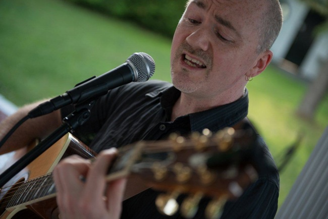 Dave Milliken performing at a wedding